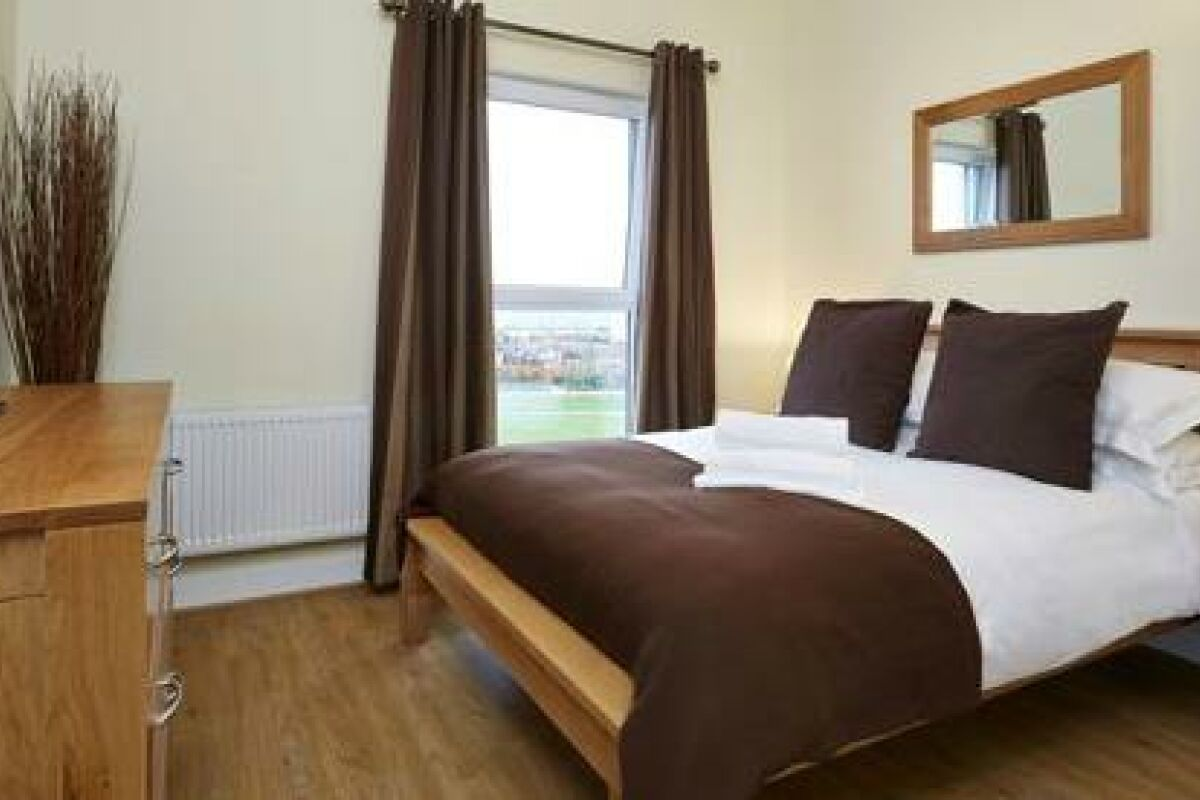 Bedroom, Guild House Serviced Apartments, Swindon