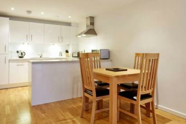 Dining Area, Guild House Serviced Apartments, Swindon