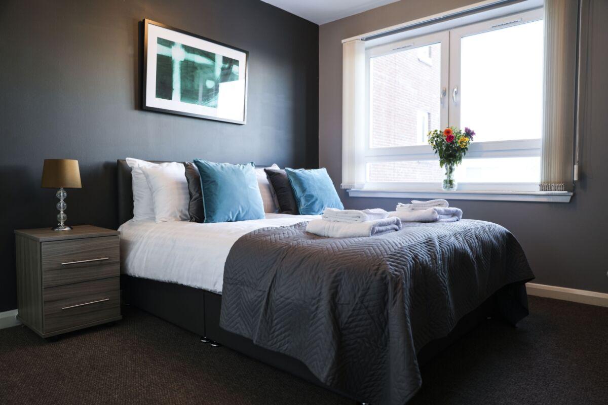 Bedroom, Eaglesham Court Serviced Apartment, Glasgow