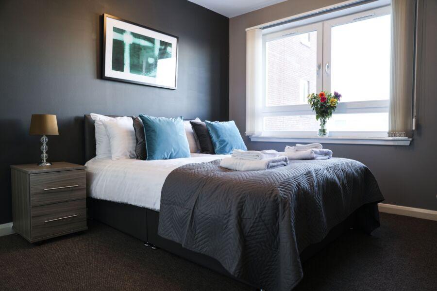 Eaglesham Court Apartment - Glasgow, United Kingdom