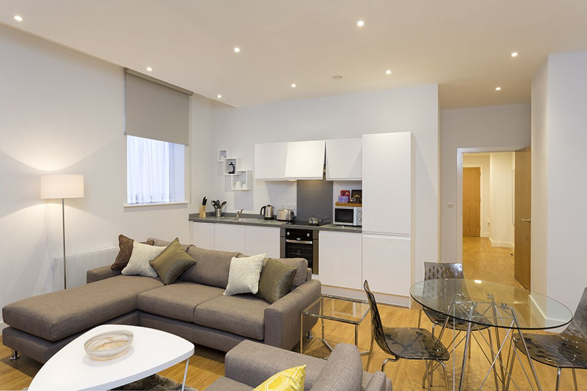 Lounge and Kitchen, Piccadilly Serviced Apartments, Manchester