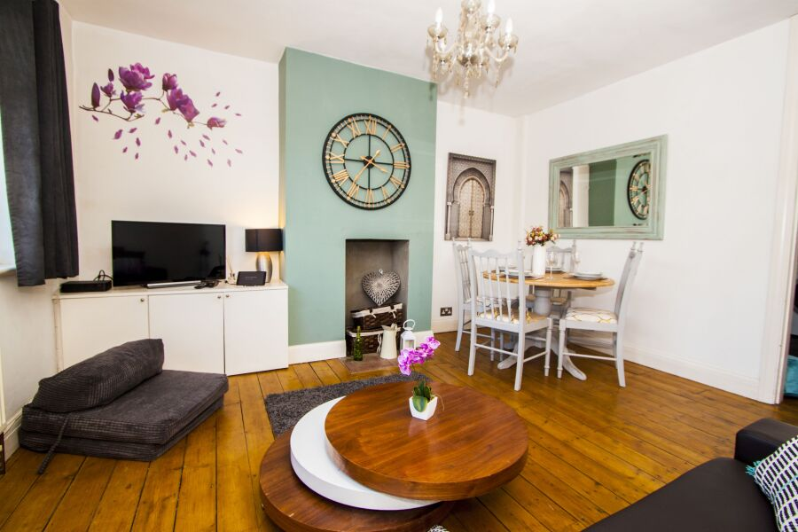 Richmond Apartment - Richmond, West London