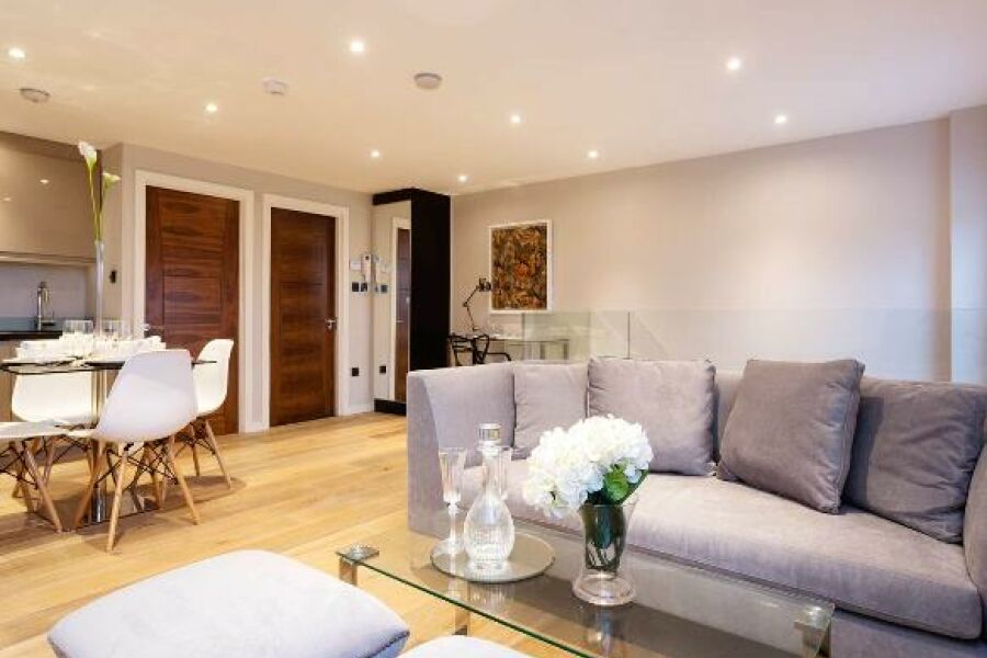Lordship Lane Apartment - Dulwich, South East London