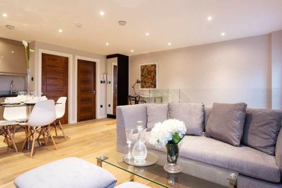 Lordship Lane Apartment