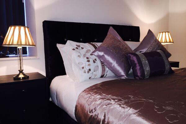 Bedroom, Bradford Central Serviced Apartment, Bradford