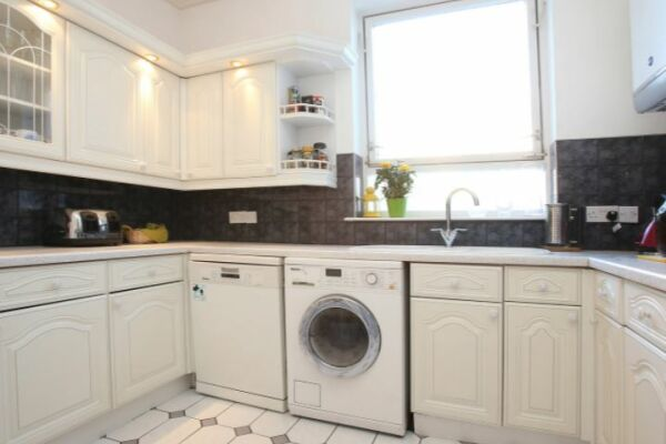 Kitchen, Hampstead Serviced Accommodation, West Hampstead