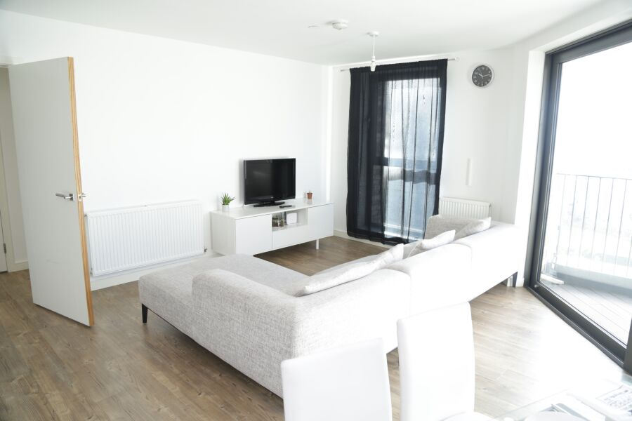 KingFisher Riverview Apartment - Silvertown, East London