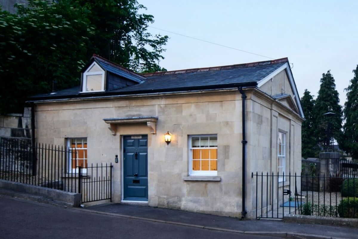 Camden Lodge Serviced Apartment Building, Bath