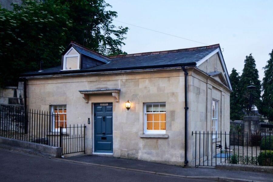 Camden Lodge - Bath, United Kingdom
