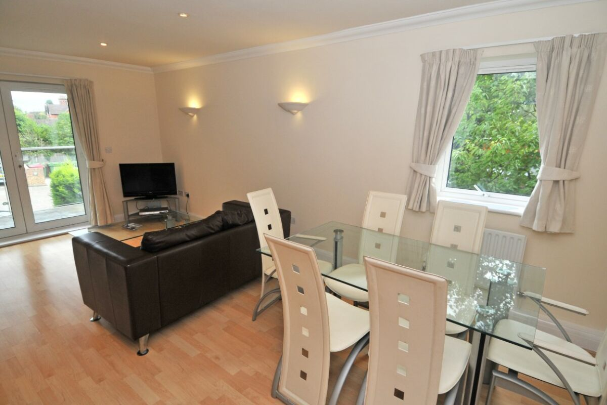 Living space,  The Pines Serviced Apartments, Crawley