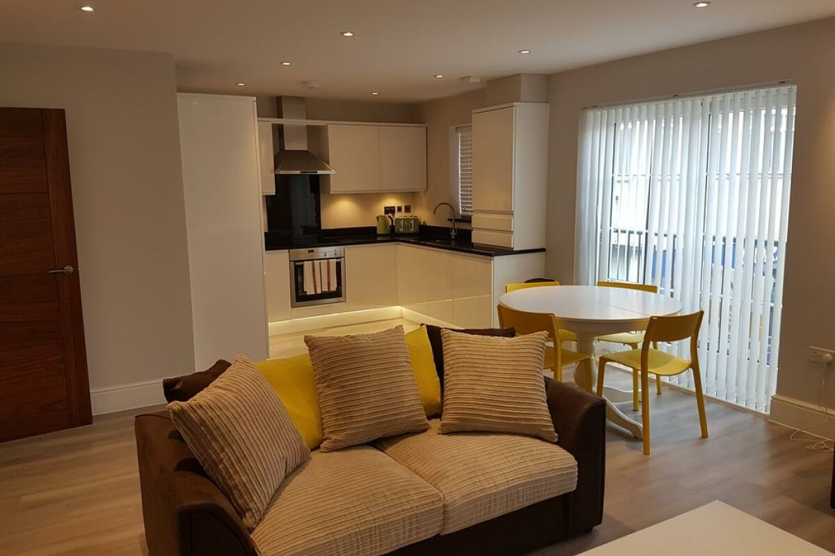 Open Plan Living Area, Billericay Heights Serviced Apartment, Billericay