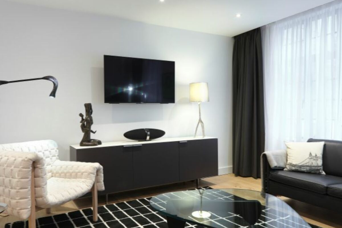 Living Area, Marylebone Mews House Serviced Accommodation, Marylebone