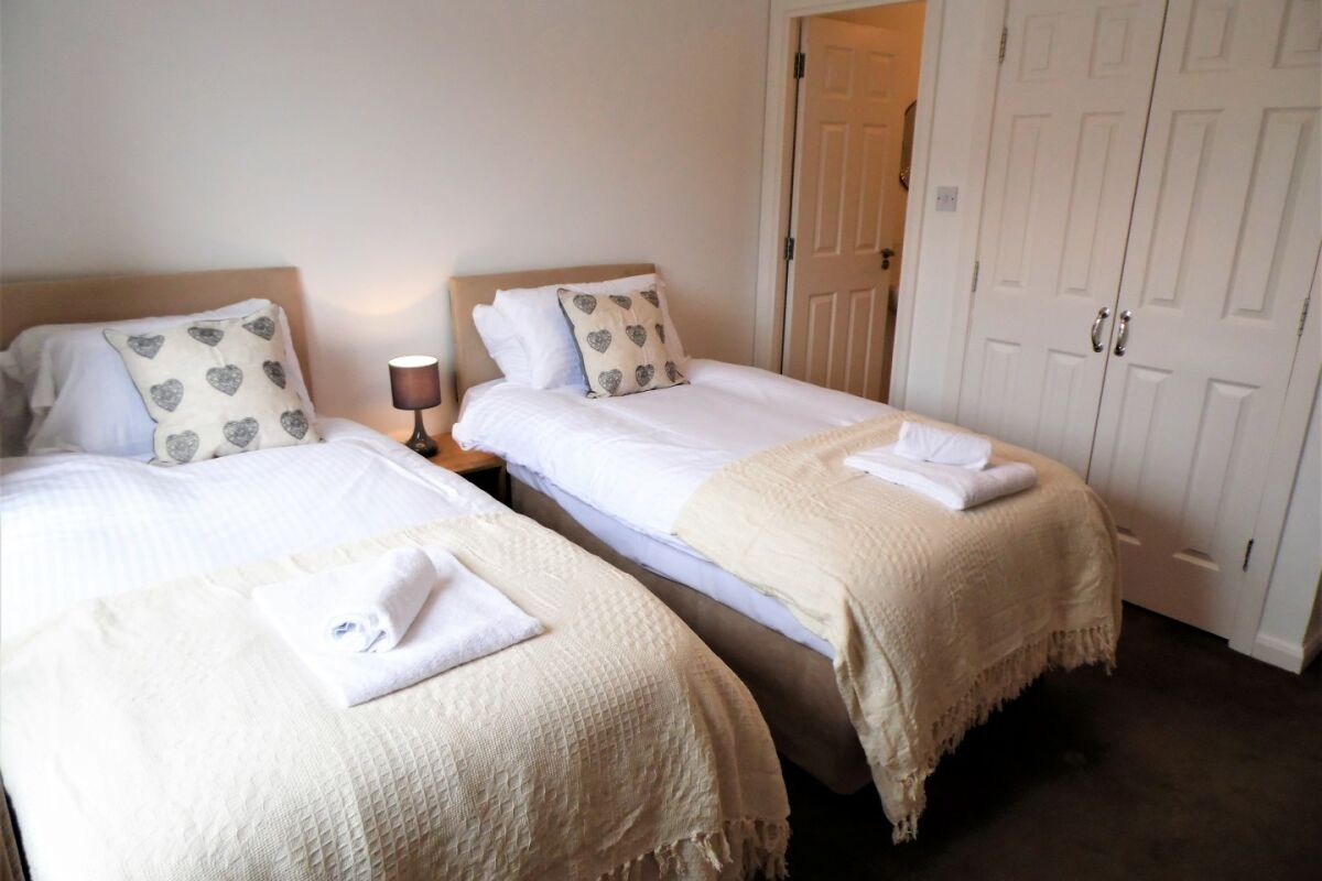 Bedroom, Hairmyres View Serviced Apartments, Glasgow