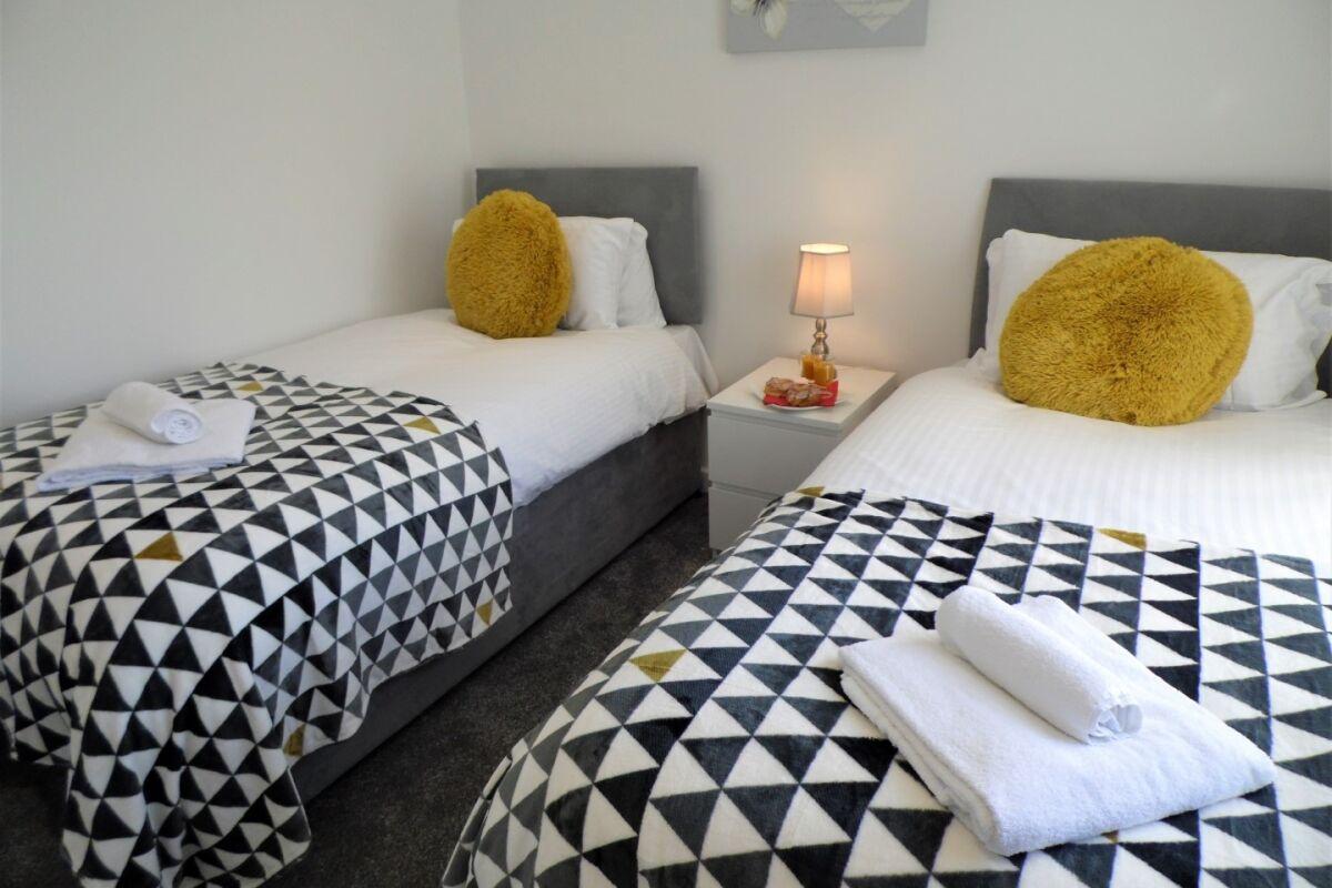 Bedroom, Mallard House Serviced Accommodation, Glasgow