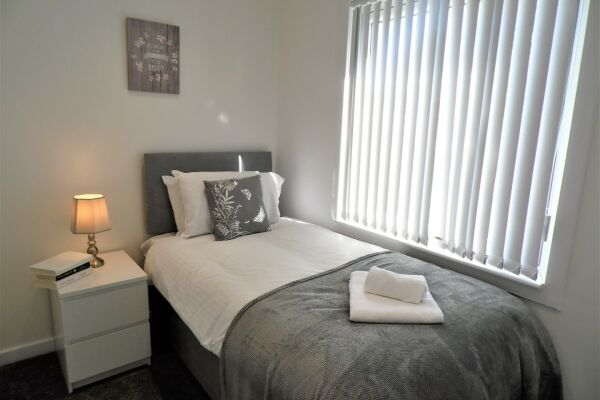 Mallard House Accommodation - East Kilbride, Lanarkshire