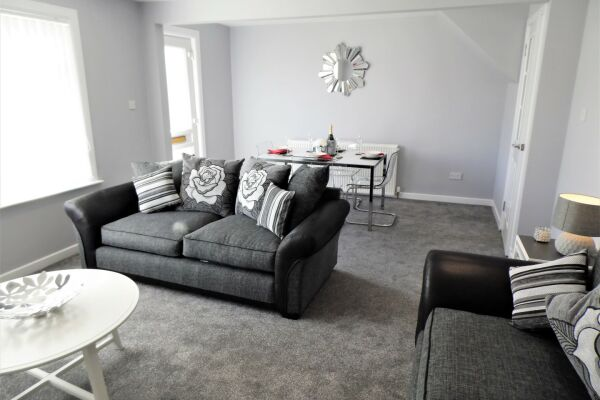 Living Area, Mallard House Serviced Accommodation, Glasgow