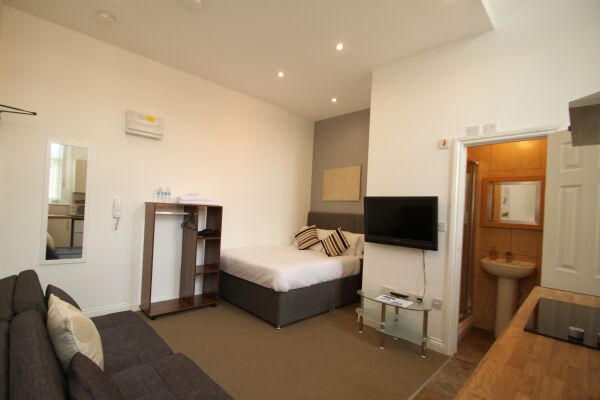 Bedroom, Stanley Serviced Apartments, Leicester