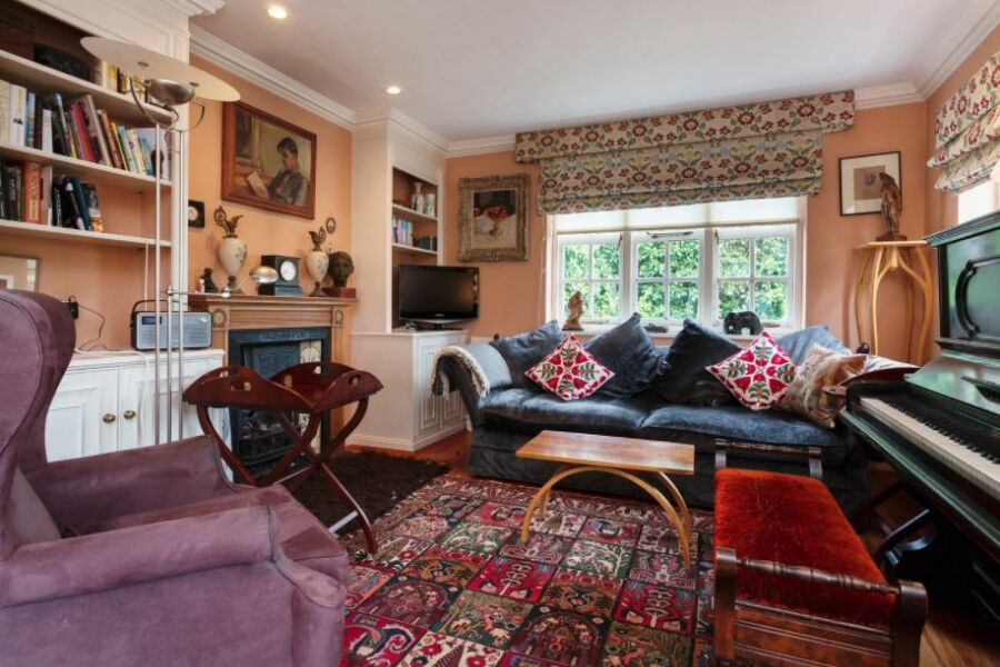 Hampstead Cottage Accommodation - Hampstead, North London
