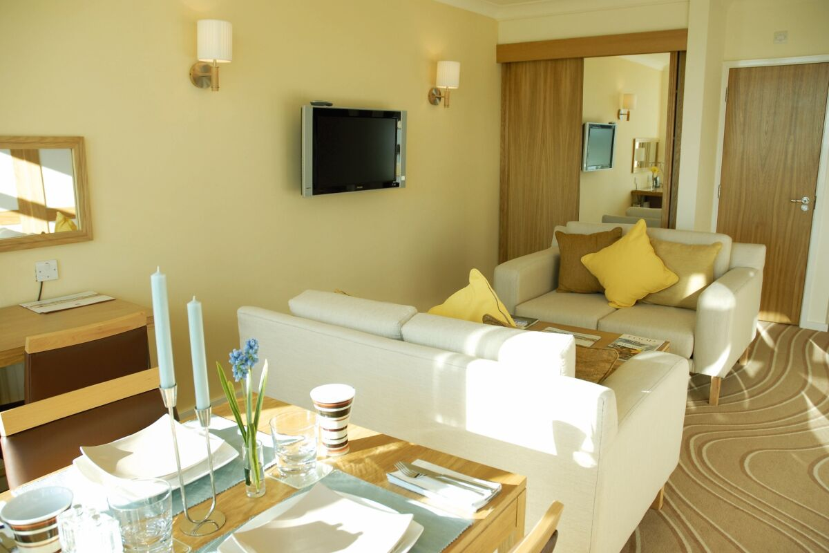 Living Area, Cirencester Road Serviced Apartments, Cirencester