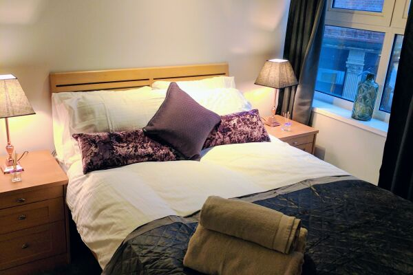Waterloo Street Serviced Apartments in Leeds, Bedroom