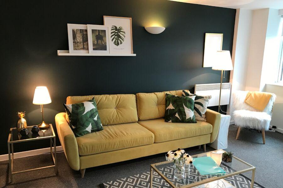Huntingdon Street Apartment
