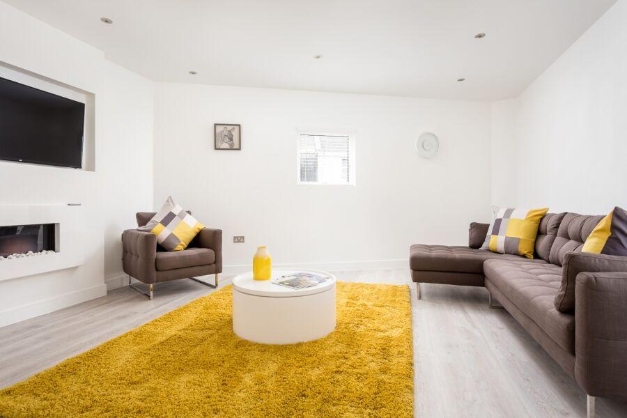 Grafton Road Apartment