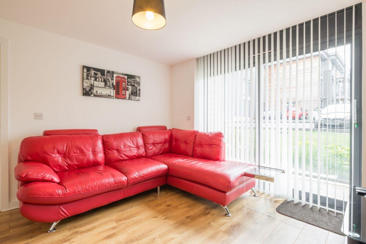 Living Area, Somerville Court Serviced Apartments, St. Albans