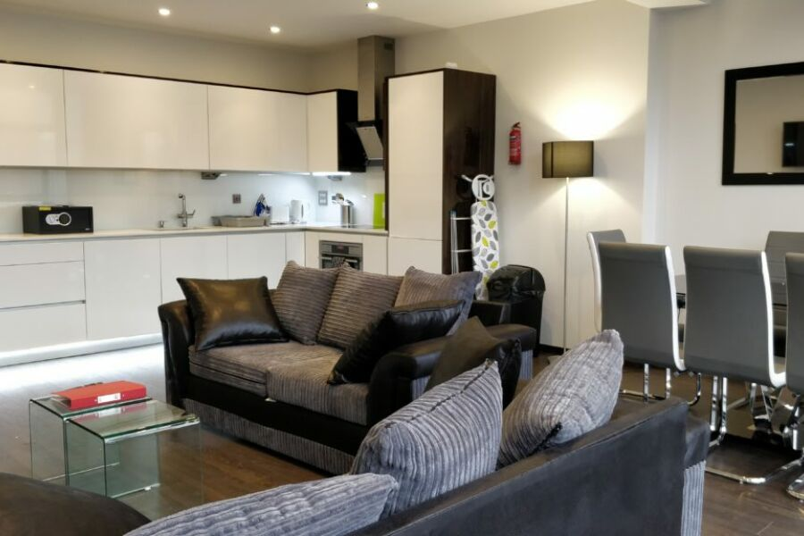 Tower Hill Apartments - Tower Hill, The City
