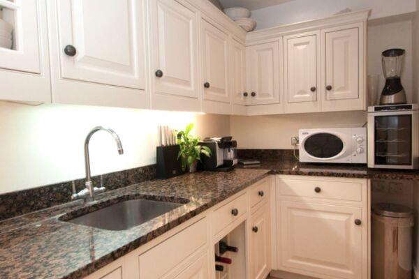 Kitchen, Knightsbridge Serviced Accommodation, London