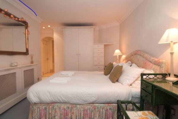 Bedroom, Knightsbridge Serviced Accommodation, London