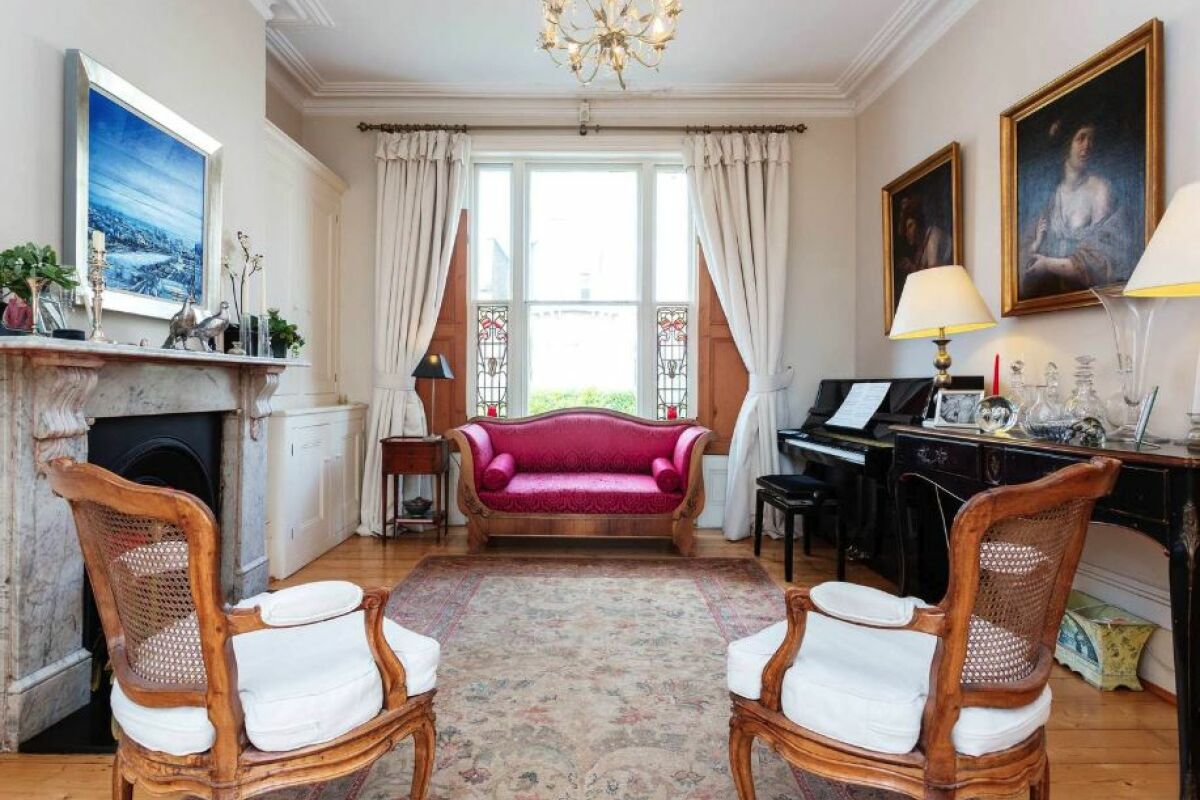 Study or Guest Room, Chetwynd Road House Serviced Accommodation, Tufnell Park, Highgate, London
