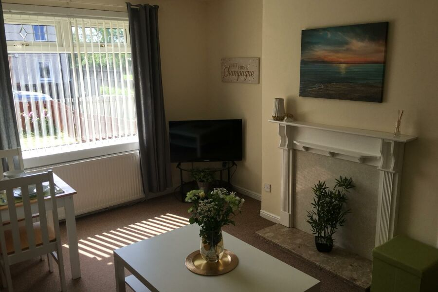 Glen Lee House Apartment - Bellshill, North Lanarkshire