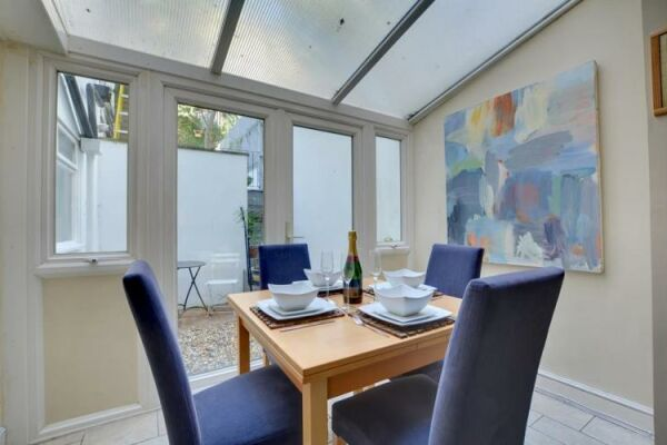 Dining Area, Brunswick Road Serviced Apartment, Brighton and Hove