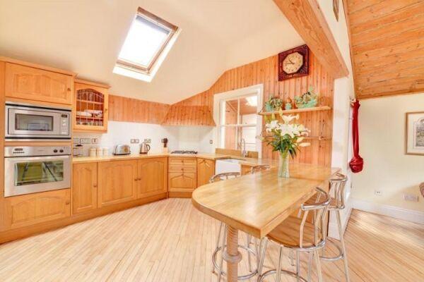 Kitchen, Brunswick Cottage Serviced Accommodation Hove