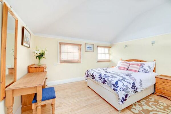 Bedroom, Brunswick Cottage Serviced Accommodation Hove