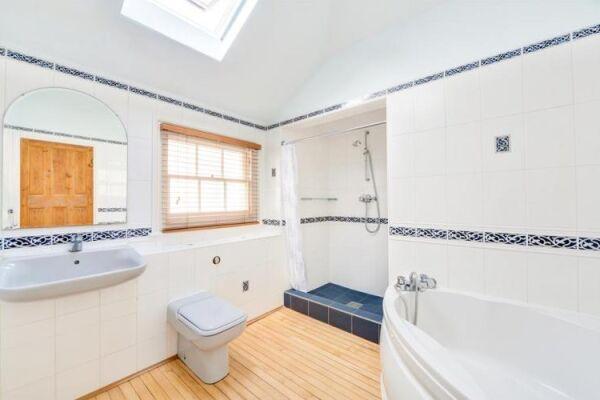 Bathroom, Brunswick Cottage Serviced Accommodation Hove