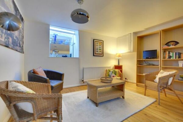 Rosemary Cottage, serviced accommodation Brighton