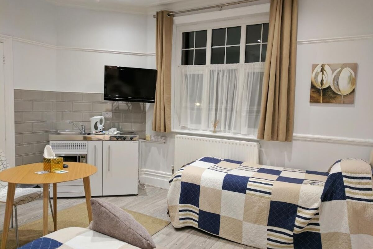 Living Area, Glendevon House Hotel Serviced Accommodation, London
