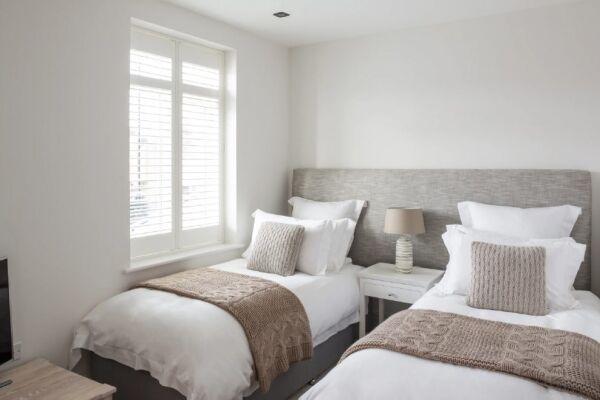 Bedroom, Egerton Drive House Serviced Accommodation, Twickenham