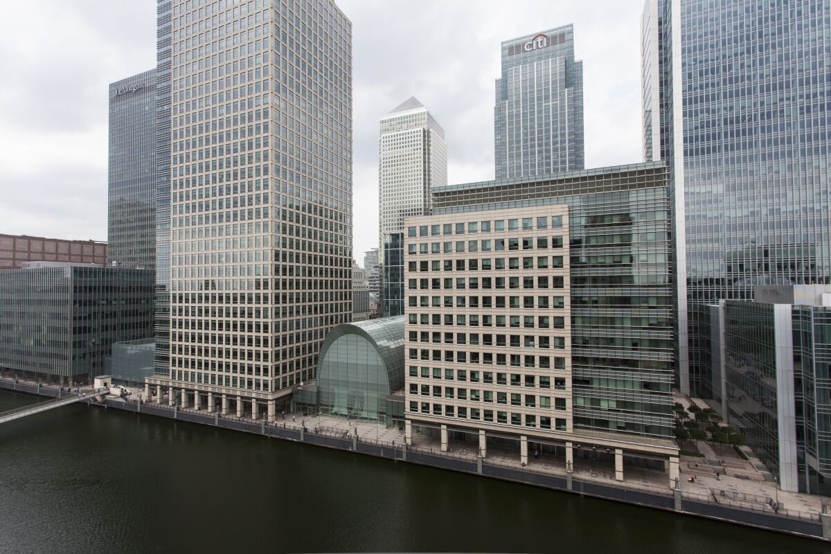 Discovery Dock West Serviced Apartment Building, Canary Wharf, London