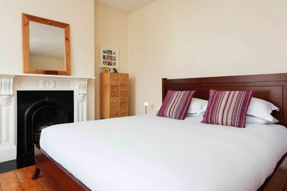 Bedroom, Chevening Road House Serviced Accommodation, Greenwich, London