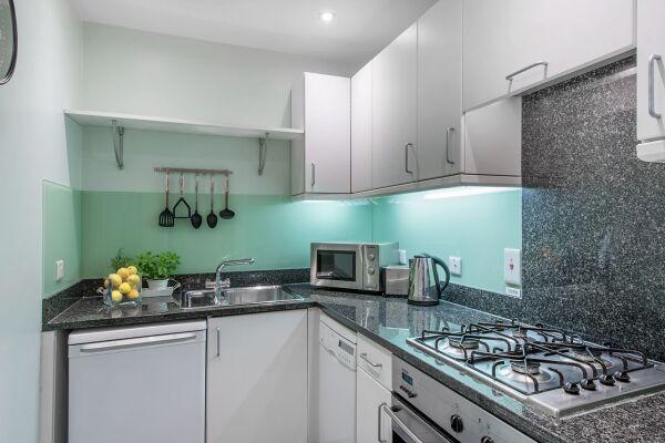 Kitchen, Chelsea Sloane Square Serviced Apartments, Chelsea