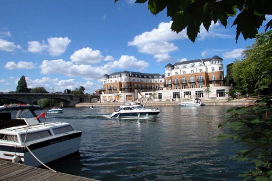 Thames Edge (EA)