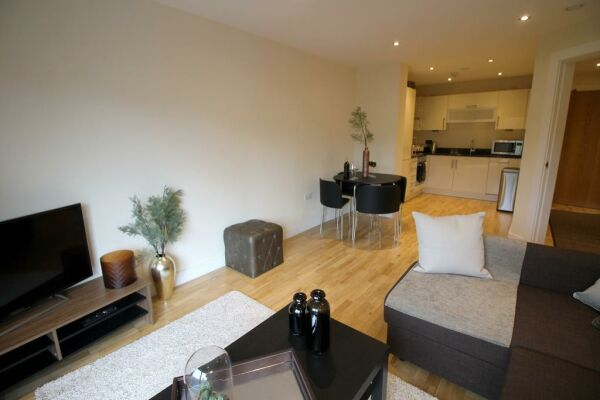 Kitchen, The Chandlers Serviced Apartments, Leeds