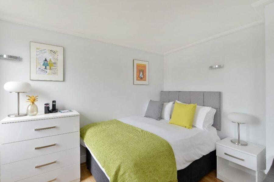 Albert Street Apartments - Camden, North London