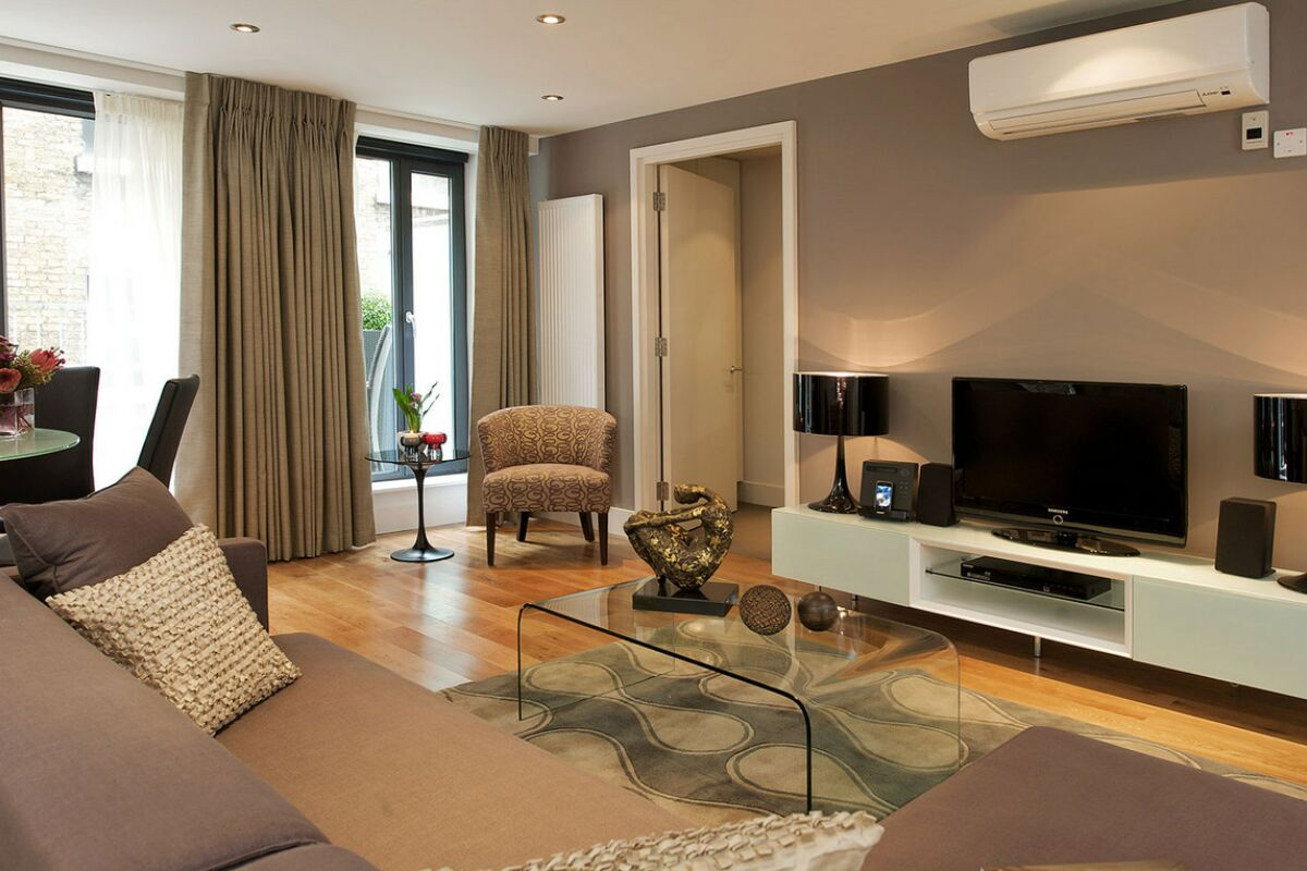 Living Room, Lovat Lane Serviced Apartments, Monument