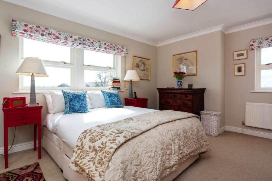 Nightingale Accommodation - Clapham, South West London