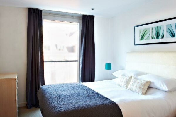 Master Bedroon, Horseshoe Court, Serviced Apartments, Clerkenwell