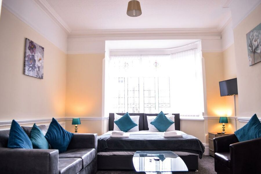 Orrell House Accommodation - Liverpool, United Kingdom