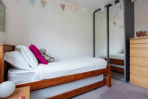 Bedroom, West Hampstead Serviced Apartment, West Hampstead